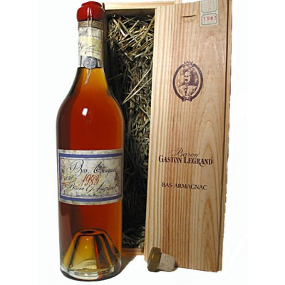 Французский арманьяк Ба Арманьяк 1966 Деревянный ящик Bas Armagnac 1966 Wooden box