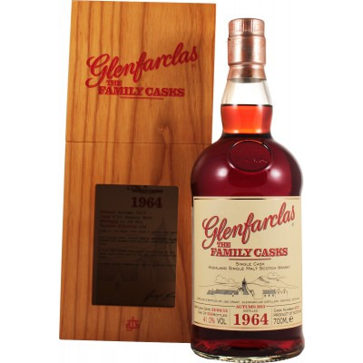 ����������� ������������� (single malt) ����� ����������� 1964 ���������� �������� Glenfarclas 1964 Gift box